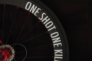 I2028n③自転車にオリジナル切り文字